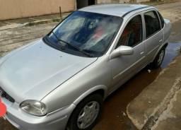 Corsa sedan - 2001