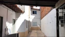 Alugo quitinete São Francisco