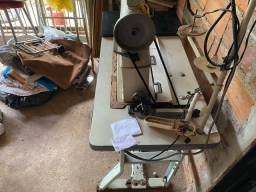 Máquina de costurar calçado