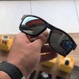 Título do anúncio: Oakley Holbrook o óculos mais procurado do mundo agora no Recife
