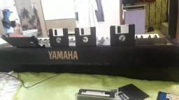 Teclado YAMAHA PRS 630