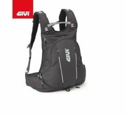 Título do anúncio: Mochila Givi EA104B 22L Easy Ranger Expansível com Porta-Capacete