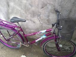 Título do anúncio: Vendo uma bicicleta de mulher
