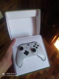 Manete Xbox One S