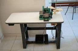 Título do anúncio: Vendo máquina de costura e seladora - oportunidade.