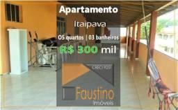 Ótimo apartamento com 260m², 05 quartos, com área de churrasco, no centro de Itaipava!
