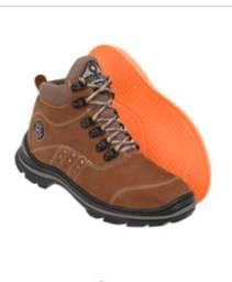 Bota masculina adventure/trilha em couro com palmilha gel numeração 35 ao 45