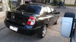 Renault Clio Sedan 1.6 privilege