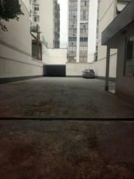 Botafogo, terreno com guarita e banheiro