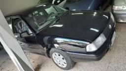 VW Santana 4 portas Completo Preto ótimo Estado - Financie Fácil - 1994