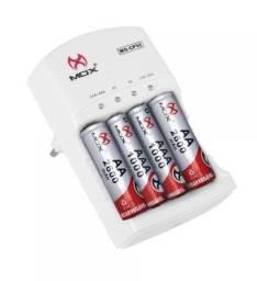 Carregador de Pilha e Baterias c/ 2 Pilhas Aa + 2 Aaa MO-CP53