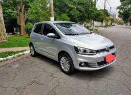 Vendo Volkswagen Fox 1.6 conect total Flex 5p.