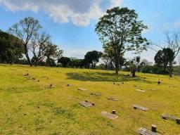Jazigos no Cemitério Parque Iguaçu em Curitiba (PR)