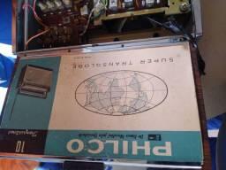 Um Rádio marca PHILCO