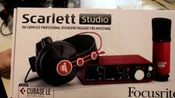 Interface de Áudio Scarlett Solo Studio NOVO na caixa - lacrado (3a geração) + Pop filter