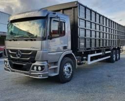Caminhão Mb Atego 2426 2014 Carroceria boiadero