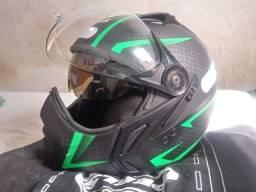 Capacete de Motociclista Peels designed in Italy dupla viseira número n58.