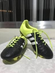 Chuteira Adidas 15.4