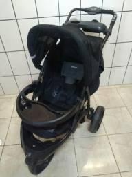 Carrinho de Bebê Infanti com Base do carro e Bebê Conforto