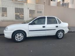 Corsa Sedan Classic 1.0 Vhc - 2004