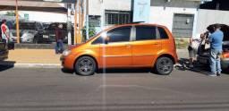 Fiat Idea com Teto Solar R$19.900