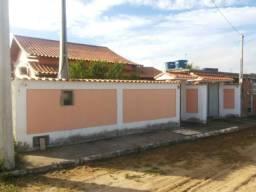 Casa linear de condomínio 02 qrts em Fazendinha Araruama