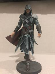 Estátua Ezio Auditore da Firenze - Ed. de Colecionador - Assassin's Creed Revelations