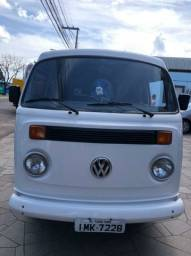 Super oferta Volkswagen Kombi STD ano 2005 impecável