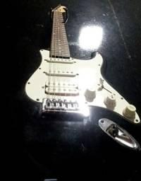 Baratoooo!!! Em12x Oportunidade!!! Guitarra shelter USA Stratocaster