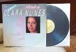 LP  _ Clara Nunes,_ o talento de Clara Nunes- disco duplo