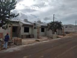 Ótima residência c/ laje e ótimo acabamento na Vila Vicentina !!!
