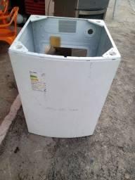 Título do anúncio:  Eletrolux 10 kg gabinete semi novo