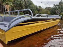 Bote de alumínio estilo Xingu