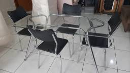 Mesa de Jantar Semi Nova Top : Entregamos sem taxa ( parcelamos no cartão )