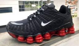 Tênis Nike 12 molas