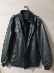 Título do anúncio: Jaqueta de couro Soft - Preta - Tamanho G - Nova
