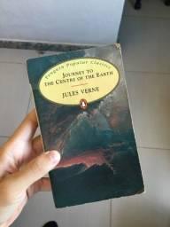 Título do anúncio: livro journey to centre of the world - jules verne