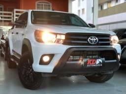 Toyota Hilux 2.8 SR Challenge 4x4 Automática - 2018