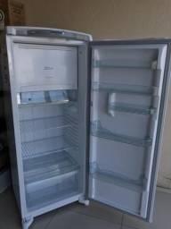 Refrigerador Consul Frost Free - Semi novo