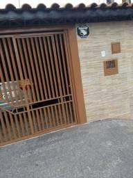 Casa Térrea no Jd. Califórnia em Jacareí-SP