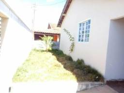 Vende-se um casa em caiaponia