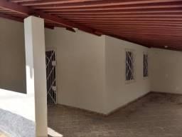 Vende-se casa na Urbis 1, Jardim Petrolar, com 2 quartos