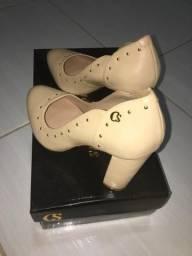Sapato exclusivo Carmen Steffens