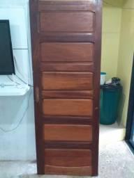 Vendo uma porta madeira pura