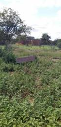 Terreno no povoado de Uruás
