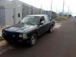 Hilux Diesel 2.4 D - 1993