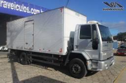 Ford Cargo 1517 E - Ano: 2006 - Baú com Plataforma