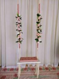 Balanço com flores madeira garapeira