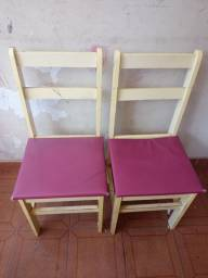 Título do anúncio: Cadeiras em madeira
