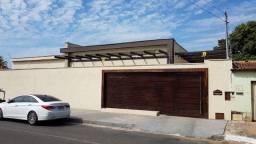 Título do anúncio: Casa para venda tem 138 metros quadrados com 3 quartos